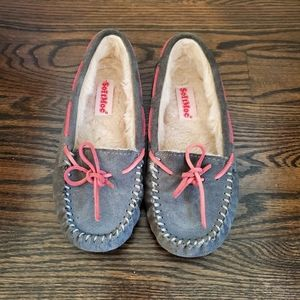 SoftMoc Grey Suede Slippers Size 4 Girls